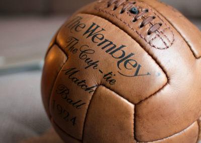 Les écritures sur le ballon de foot wembley