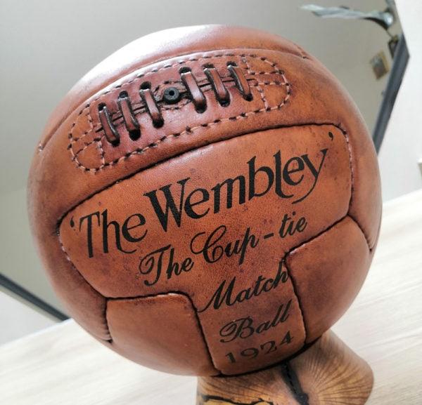 Ballon en cuir vintage T PANEL 1924