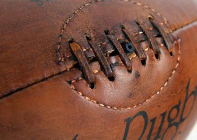 ue du lacet du ballon de rugby vintage