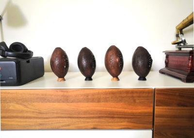 Collection de petits ballons de rugby anciens
