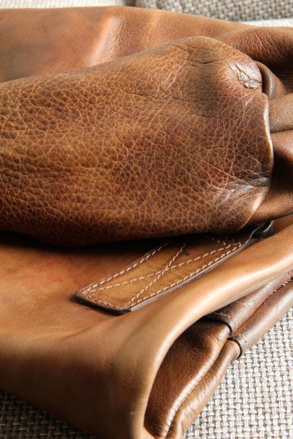 Cuir épais d'un sac de frappe pour la boxe