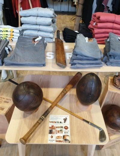 Plusieurs articles de sport vintage avec les produits Oxbow