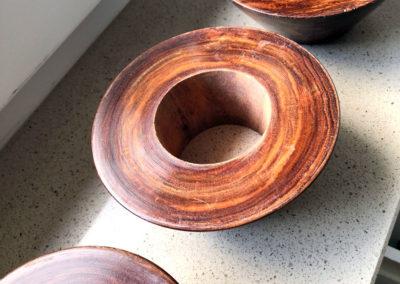 Le dessous des tees en bois